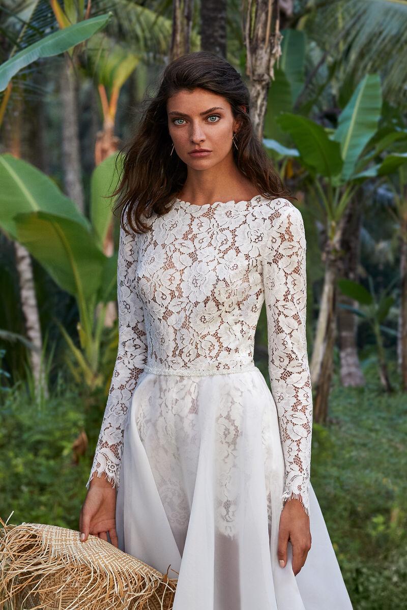 Chiffon wheel skirt and lace jumpsuite