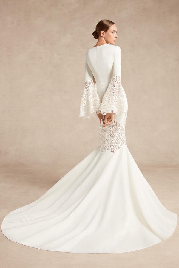 Lindsay Bridal Gown