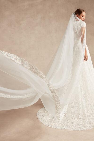 Velo in tulle bordato in pizzo macramè - Bridal