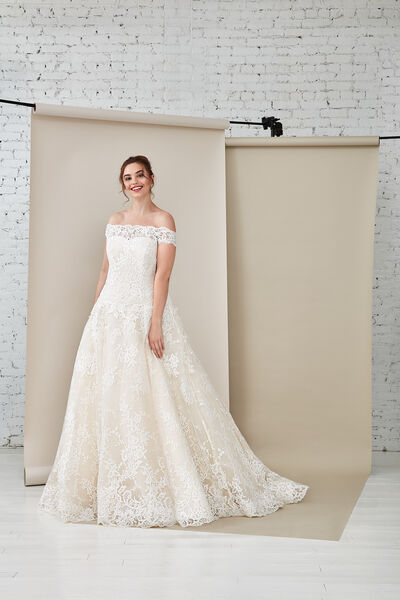 Siena/C Wedding Gown