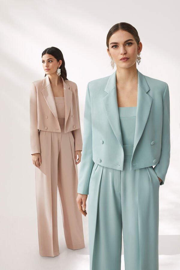 Short Double-Breasted Buttoned Jacket and Body and Trouser Suit in Stretch Fluid Cady