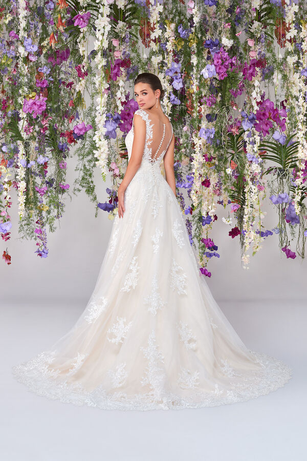 Lorelai Wedding Gown