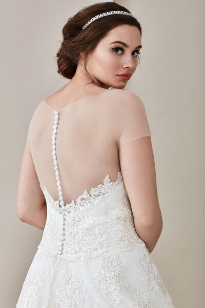 Serena/C Wedding Gown